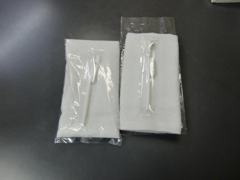 180匁白総パイルF/T白ハブラシ透明袋入セット
